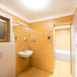 11-apartman-koupelna-vana