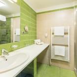 standard-pokoj-koupelna